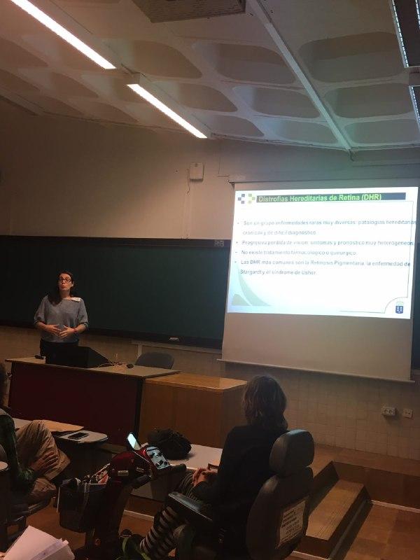 Ana Toledo presenta el trabajo sobre empoderamiento del paciente en distrofias hereditarias de retina