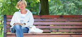 Estudio cualitativo sobre la ayuda de decisión para la detección del cáncer de mama: Opiniones de mujeres y profesionales de la salud